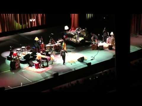 Hugh Laurie - Prague 100th show full 26.07.2013