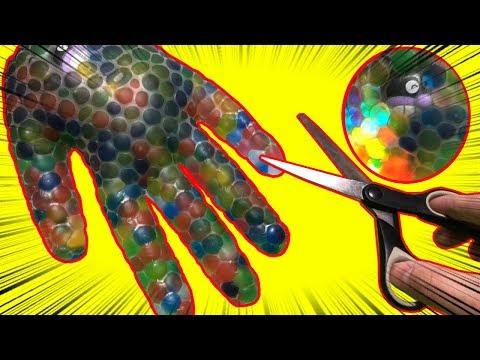 Orbeez Water Balloon of Gloves Explode ばいきんまんが水風船爆弾にとじこめられた!