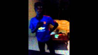 Haywhysaks dances to Lil kesh ft Patoranking