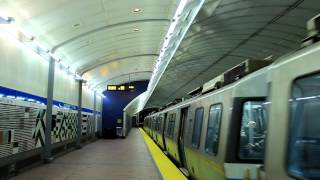 MBTA Subway: Inbound Blue Line Train at Aquarium Station