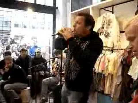 Ignite - Burned Up (acoustic) live @ Paul Frank Store,Berlin