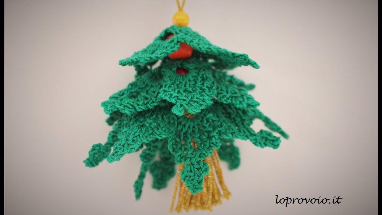 Albero Di Natale Alluncinetto Semplicissimo.Alberello Di Natale All Uncinetto Con Perline E Nappina