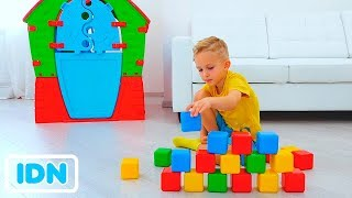 Nikita Vlad dan Mom Mainkan dengan kubus