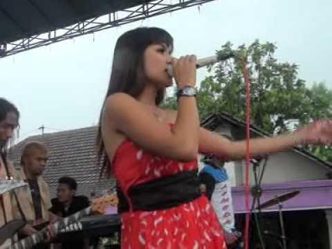 Kediri   Singapore ~ Vc Desie Revanda ~ ARMEDA Top Live Music