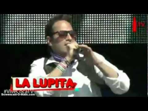"""La Lupita """"Contrabando y Traicion,JaJa,Hay Que Pegarle ala Mujer"""" en el Vive Latino 2012"""