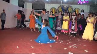 2017 Amazing Dance *Kaise Kaate Din Kaise Kaati Raatein* Swarg Movie Songs