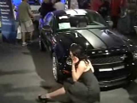 barrett jackson 2009 redskirtpinup girls youtube. Black Bedroom Furniture Sets. Home Design Ideas