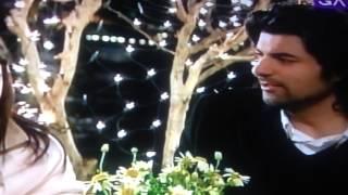 Fatmagul y Kerim Cantando
