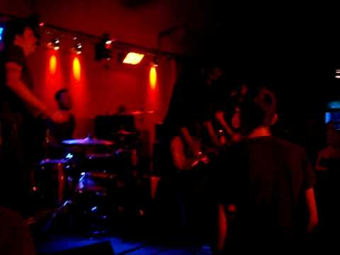 Tribute To Nothing - Day In Day Out live @Headcrash Hamburg mp3