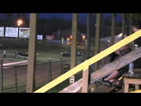 April 17 2015 Belle Clair Speedway Purestock Heat 1