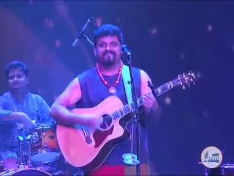 ''Jag Changa'' cover song Live by Raghu Dixit at Radio City Freedom Awards 2014