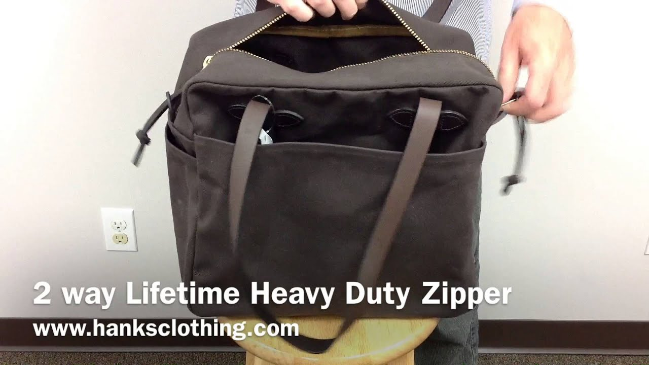 Filson 70261 Zippered Tote Bag - YouTube