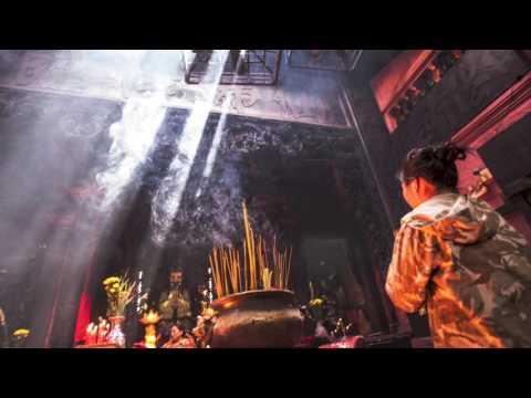 Spiritual Photography: Inside the Jade Pagoda - Saigon