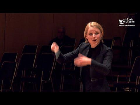 A Little Night Music (Eine Kleine Nachtmusik) (Ruth Reinhardt)