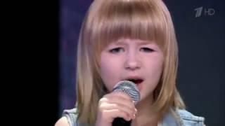 Голос.Дети-3. Девочка поет Цоя.