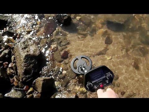 GC-1023 Strikes Again - Metal Detecting River Banks