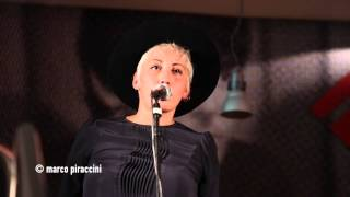 """MALIKA AYANE: """"Tempesta"""" live @ Milano"""