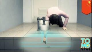 Lengan wanita nyangkut di lubang wc saat mencoba mengambil nametag yang jatuh - Tomonews