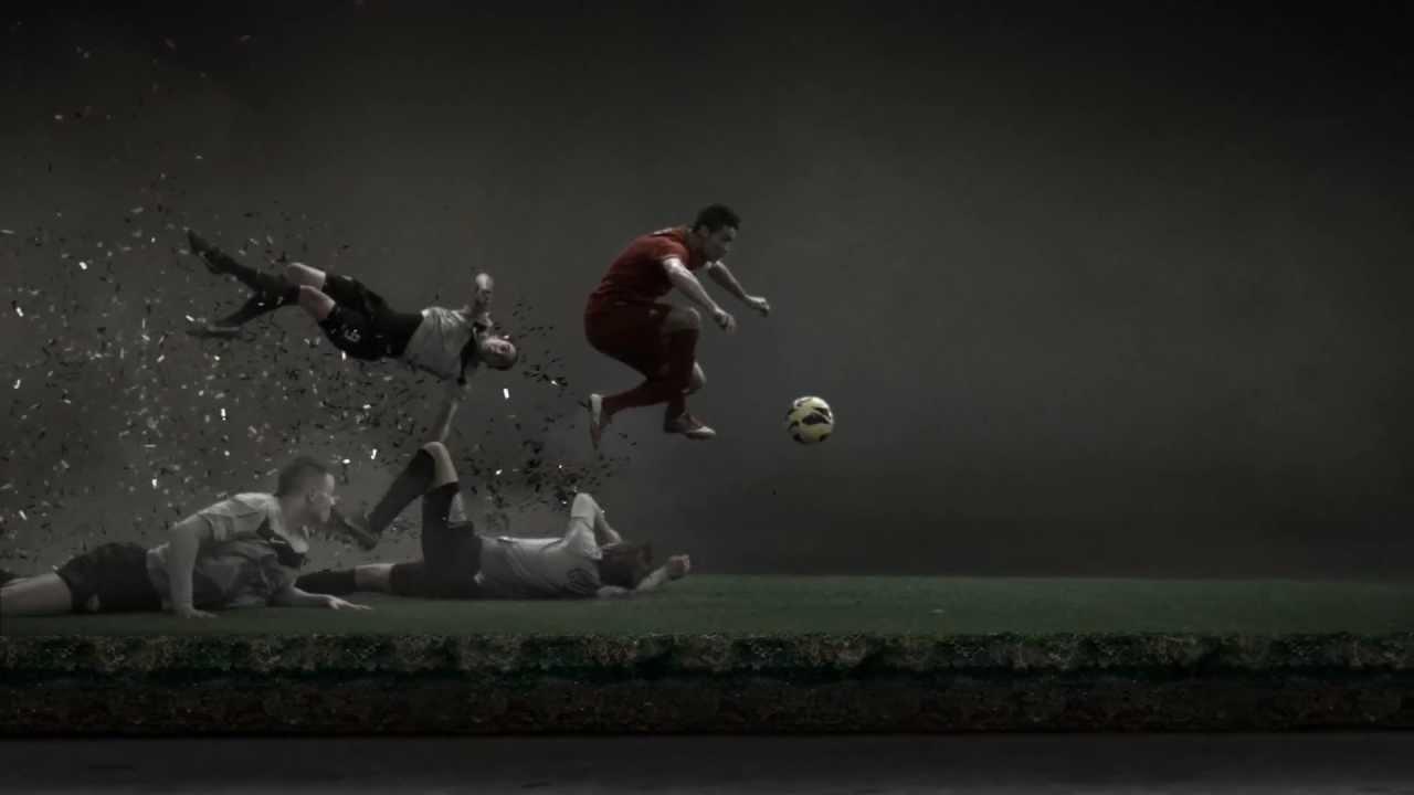 Cristiano Ronaldo leaves a Vapor Trail Nike Football - YouTube 4b25f9cc9