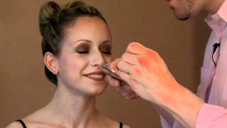 Lash Flash! How to Apply Jane Iredale Professional Faux Lashes.