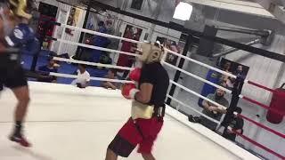 Boxing star Tay Jones sparring - esnews