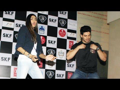 Sooraj Pancholi & Athiya Shetty DANCES LIVE | Dance Ke Legend Song
