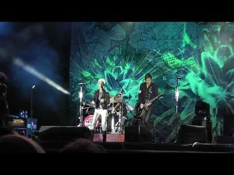 Roxette - She's got nothing on (but the radio) - live in Samara Russia 03.03.2011