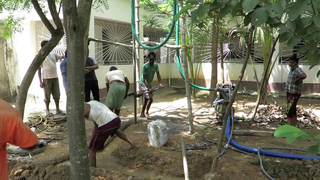 sich im kreise drehen nach wasser bohren water drilling by hand in our sapta yoga ashram. Black Bedroom Furniture Sets. Home Design Ideas