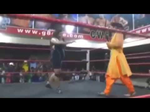 First Pakistani Women Fights In WWE must be watch and share please thumbnail