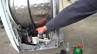 Сушильна машина Electrolux не крутить барабан