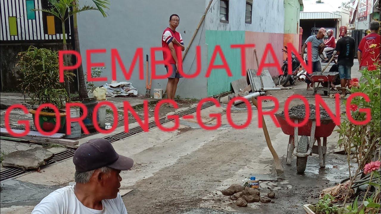 PEMBUATAN GORONG-GORONG - YouTube