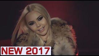 Repeat youtube video DENISA - Stau si caut poza ta (VIDEOCLIP ORIGINAL) 2017 Ianuarie