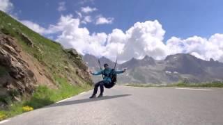 Потрясающе красивое парапланерное видео.