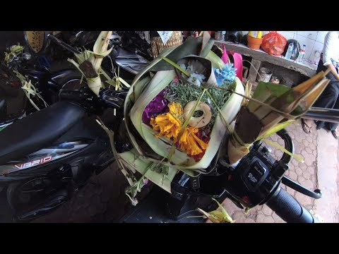 Hari Raya Tumpak Landep Bukan HUT Gatot Kaca Bengkel Motor Gang Tantri Jl Setia Budi Denpasar Bali