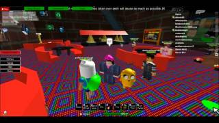 Oyula, KyoKou and Jake's bizzare visit to a cafe game on ROBLOX.
