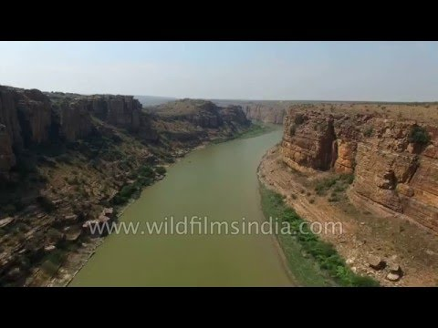 Deep gorge of Pennar river is India's spectacular Grand Canyon!