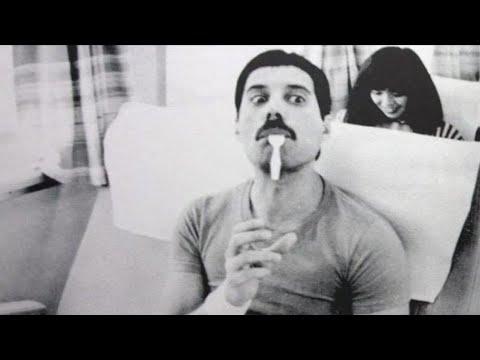 Freddie Mercury laughing - cutefunny moments