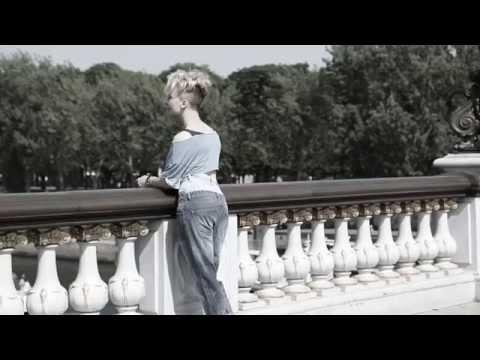 Перевод песен Zaz: перевод песни Les Passants, текст песни