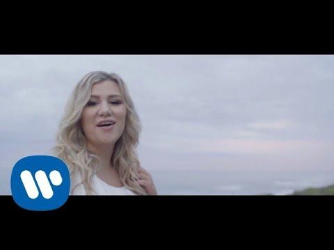 Julanie J – Sandkastele [Official Video]