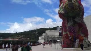 Музей Гуггенхе́йма в Бильба́о(Музей Гуггенхе́йма в Бильба́о — музей современного искусства в Бильбао, Испания. Является одним из филиало..., 2016-08-29T21:26:40.000Z)