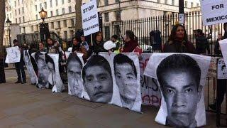 Asesino gritan en Londres, al presidente de México, Enrique Peña Nieto