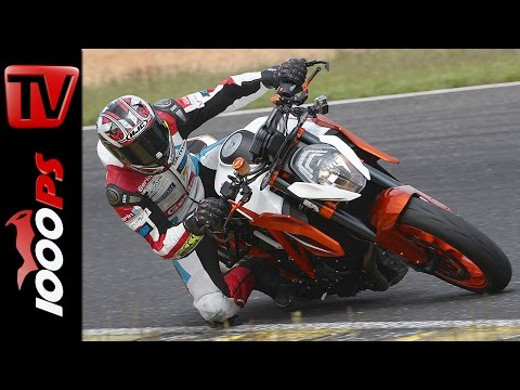 KTM 1290 Super Duke R | Naked Bike Test Rennstrecke