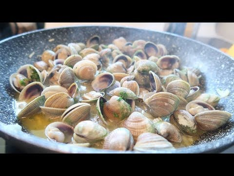 How To Cockle Gather And Cook In Garlic Butter NZ