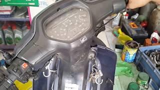 Sửa xe Cùi Bắp _ thử sạc trong xe máy