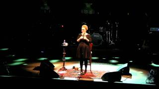 "Adele ""Tribute to Amy Winehouse"" w/""Make You Feel My Love"" @San Diego 8.18.2011"