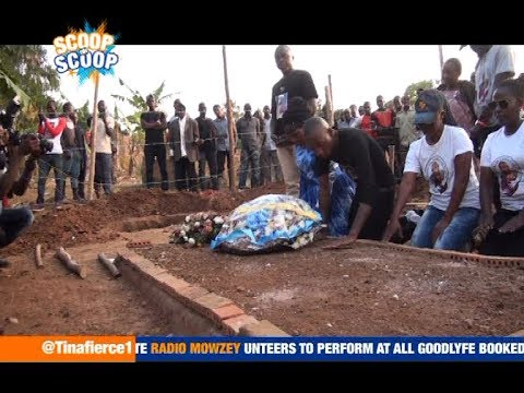 ScoopOnScoop: Bryan White Visits Radio's Grave, Promises to Finish Building For Radio's Mother