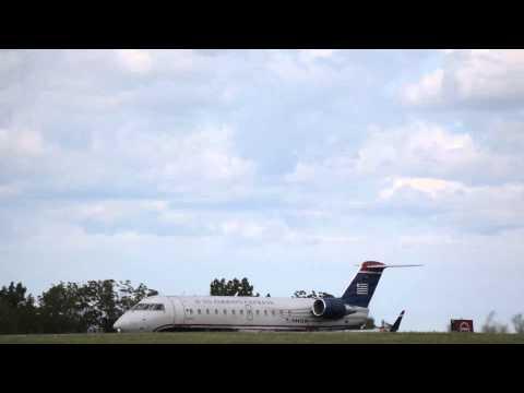 Plane Spotting at KBUF: US Airways Express CRJ-200 Reagan National Airport 8/21/15