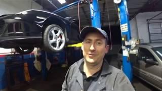 Автосервис в США Porshe 911 снятие коробки передач !