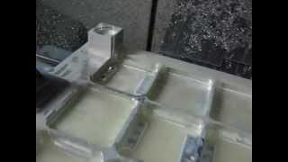 Frezowanie aluminiowego bloku