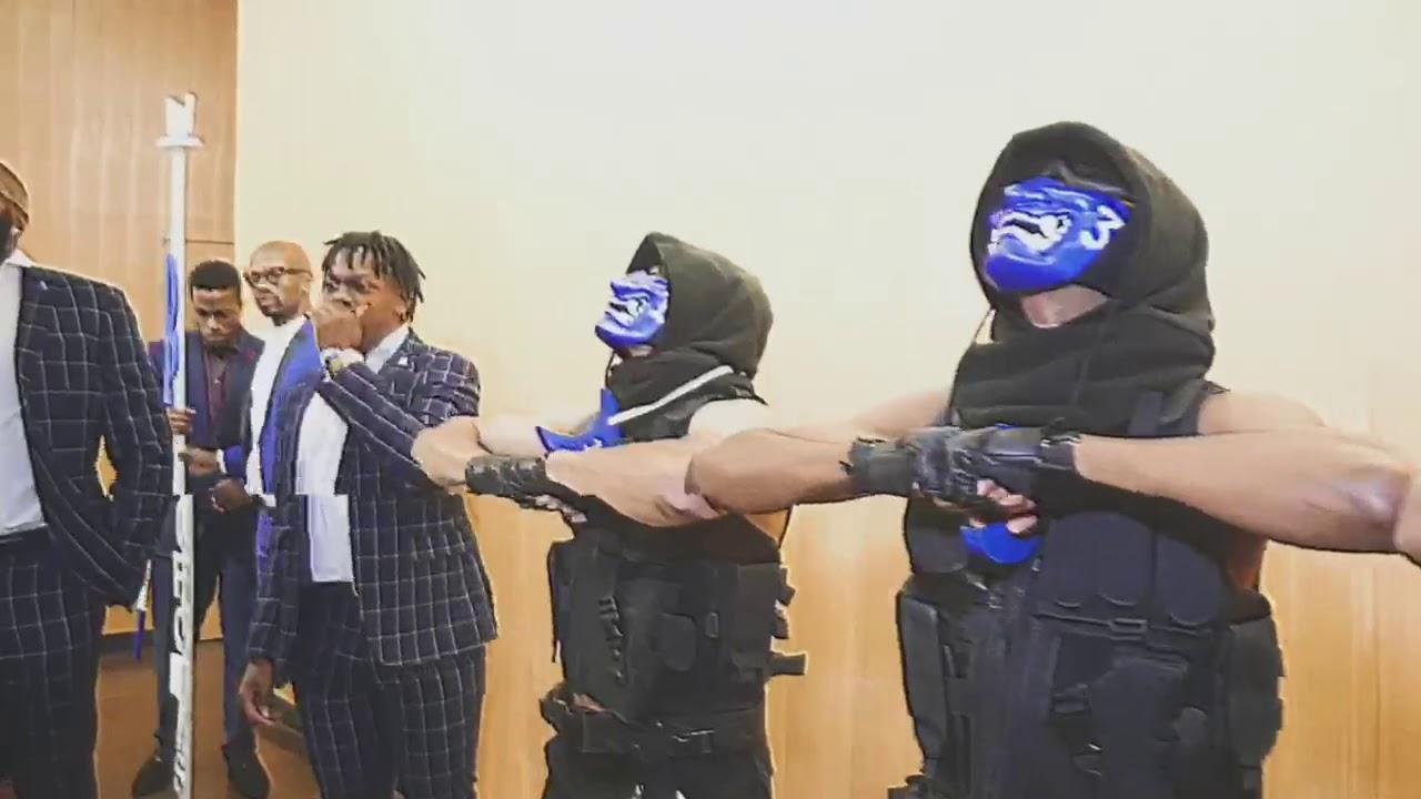 Spring 19 - 3 AnarchiΣtΣ of a Blu Order